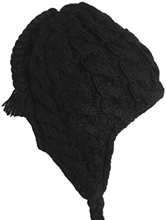f7ba88560a6 Amazon.com  Yak   Yeti Cable Knit Chullo Wool Toque (Black)  Clothing