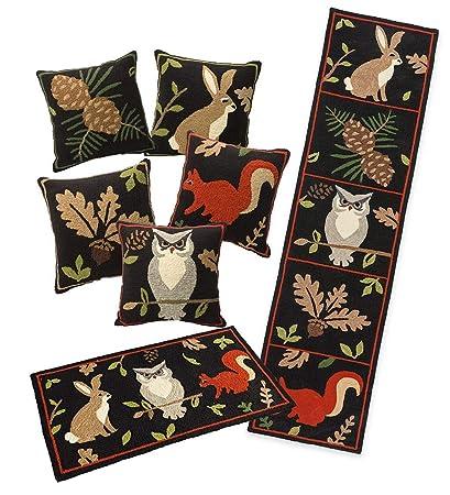 Amazon Com Plow Hearth Indoor Outdoor Woodland Throw Pillows Rugs
