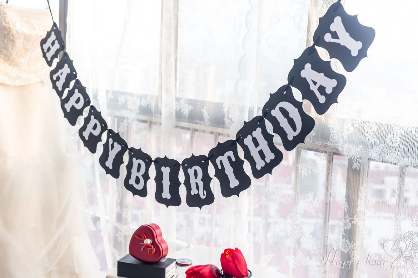 Happy Birthday Banner White and Black Color Bunting Garland For Boys Girls Teens Party Decorations CTY