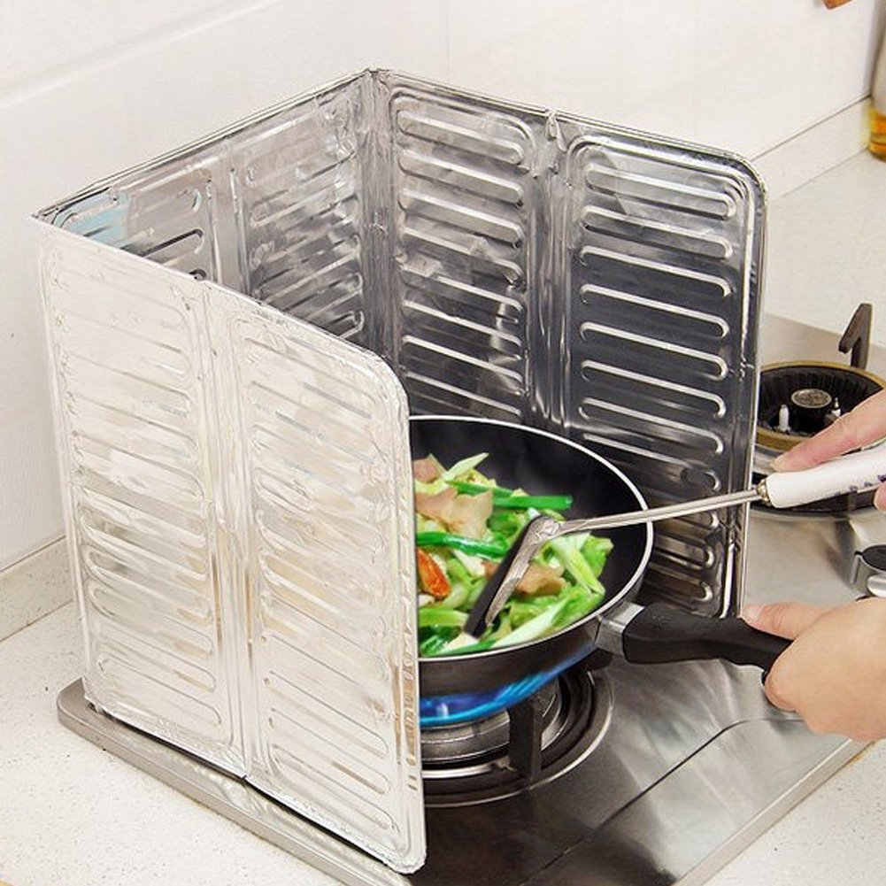 Oil Splash Guard Aluminum Foil Gas Stove Shield Oil Splatter Screen Kitchen Tool Aluminum Foil Oil Block Oil Barrier Stove Cooking Heat Insulation Anti - Splashing Oil Baffle Kitchen Utensils Supplies LVOERTUIG