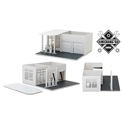 Greenlight Mechanic\'s Corner Vintage Gas Station Plain White Hobby Exclusive 1/64: Toys & Games