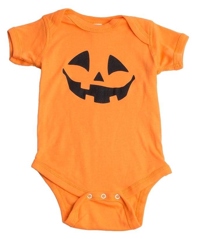 d0f66909600f Amazon.com  Cute Little Pumpkin