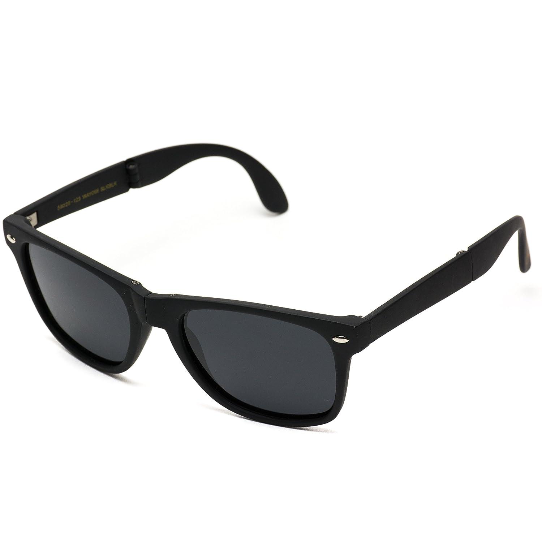 609cf2f4ca0 Amazon.com  Modern Black Square Foldable Sunglasses with Case (Black  Frame Black Lens)  Clothing