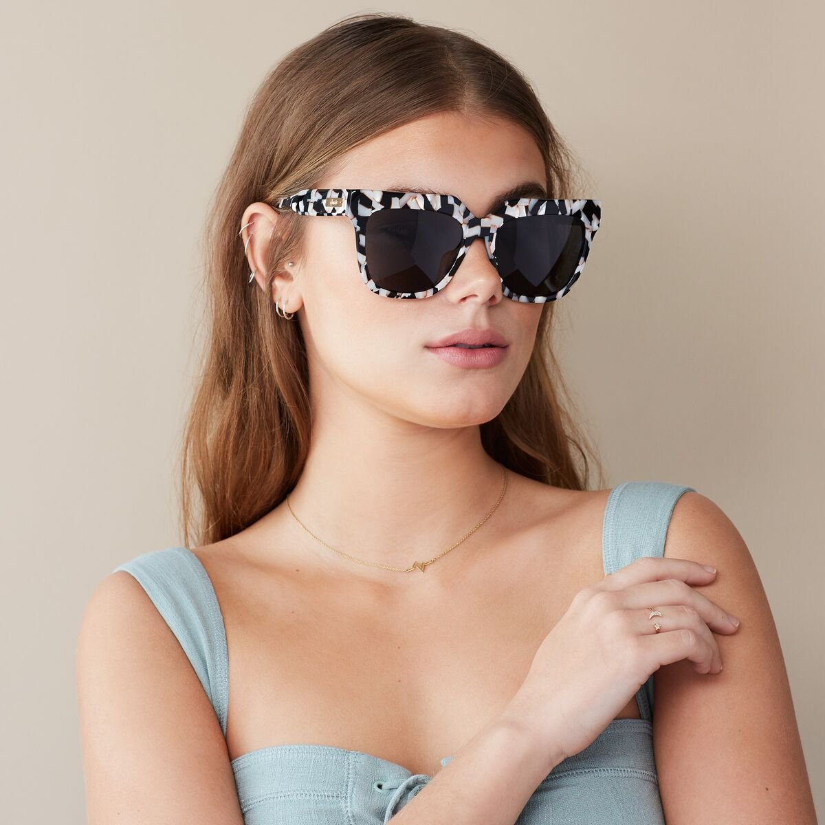 Sonix Women's Avalon Sunglasses, Luxe Marble/Black, One Size by Sonix (Image #4)