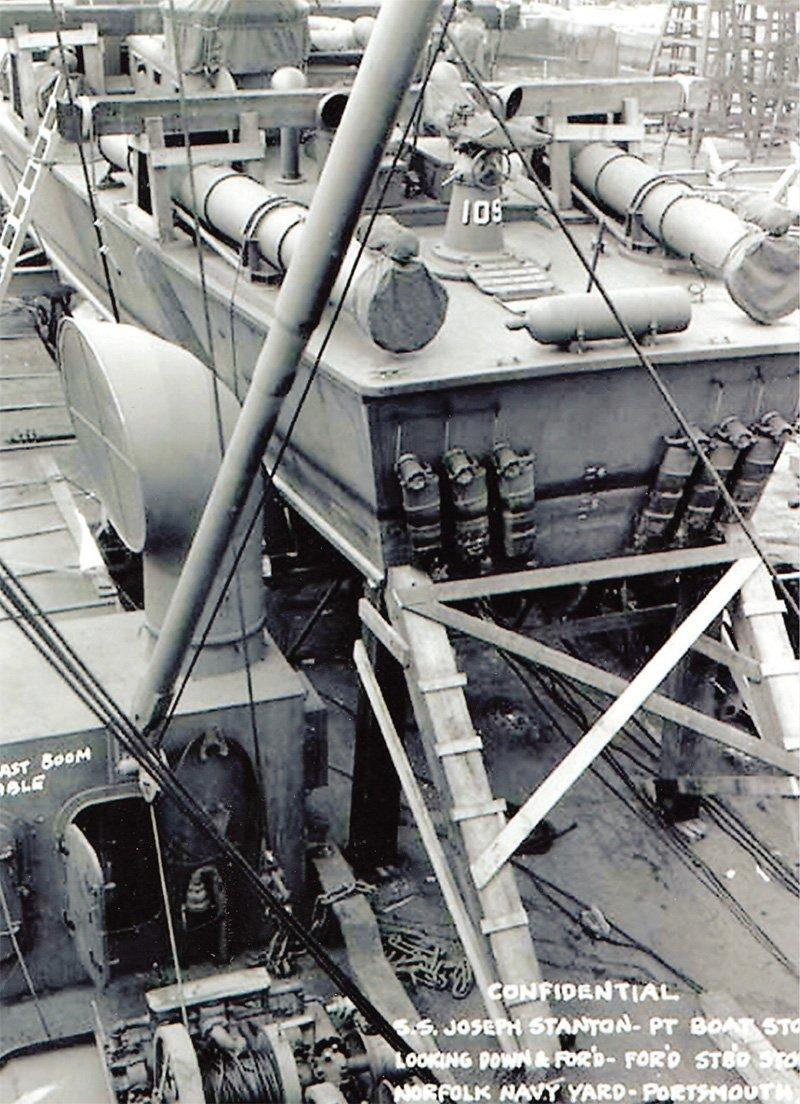 Italeri Motor Torpedo Boat PT-109 Model Kit