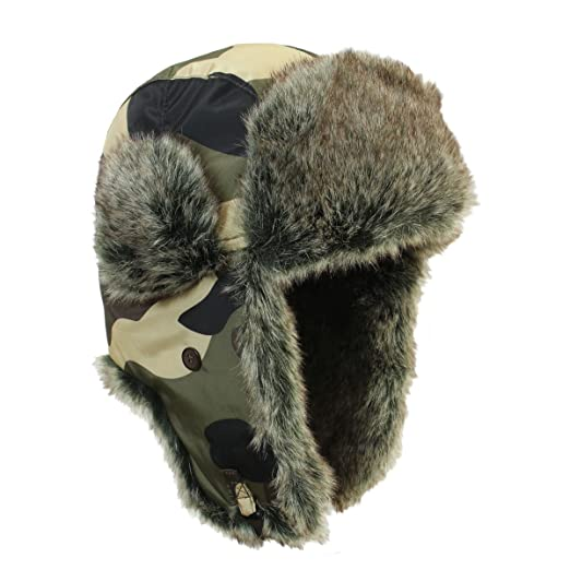 Amazon.com  Faux Fur Camo coloured Ushanka Style Hat (Large (58 59 ... d4ea58eacaf