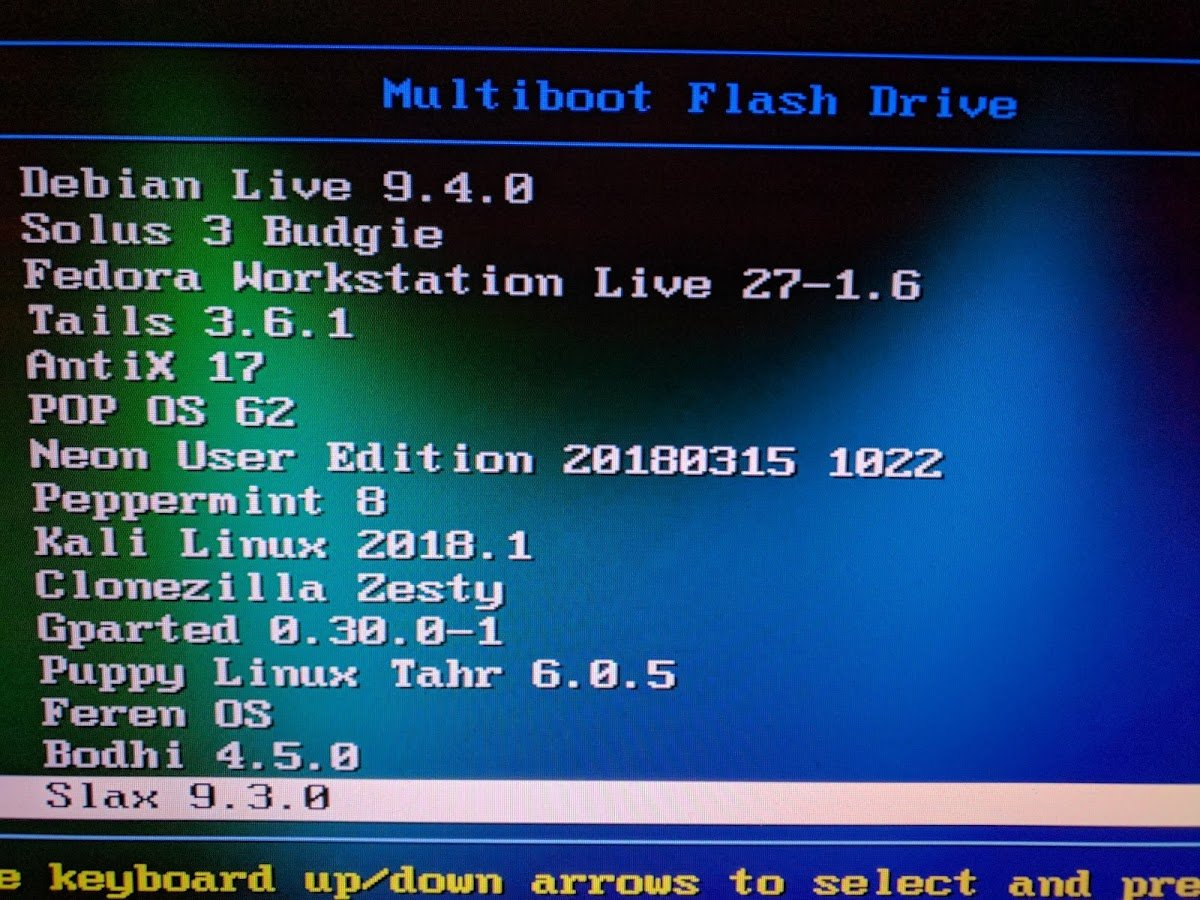 Amazon com: 20 Linux Operating Systems  32GB USB bootable