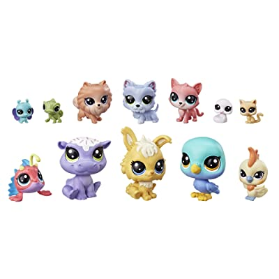 Littlest Pet Shop Lucky Dozen Cupcakes Set: Toys & Games