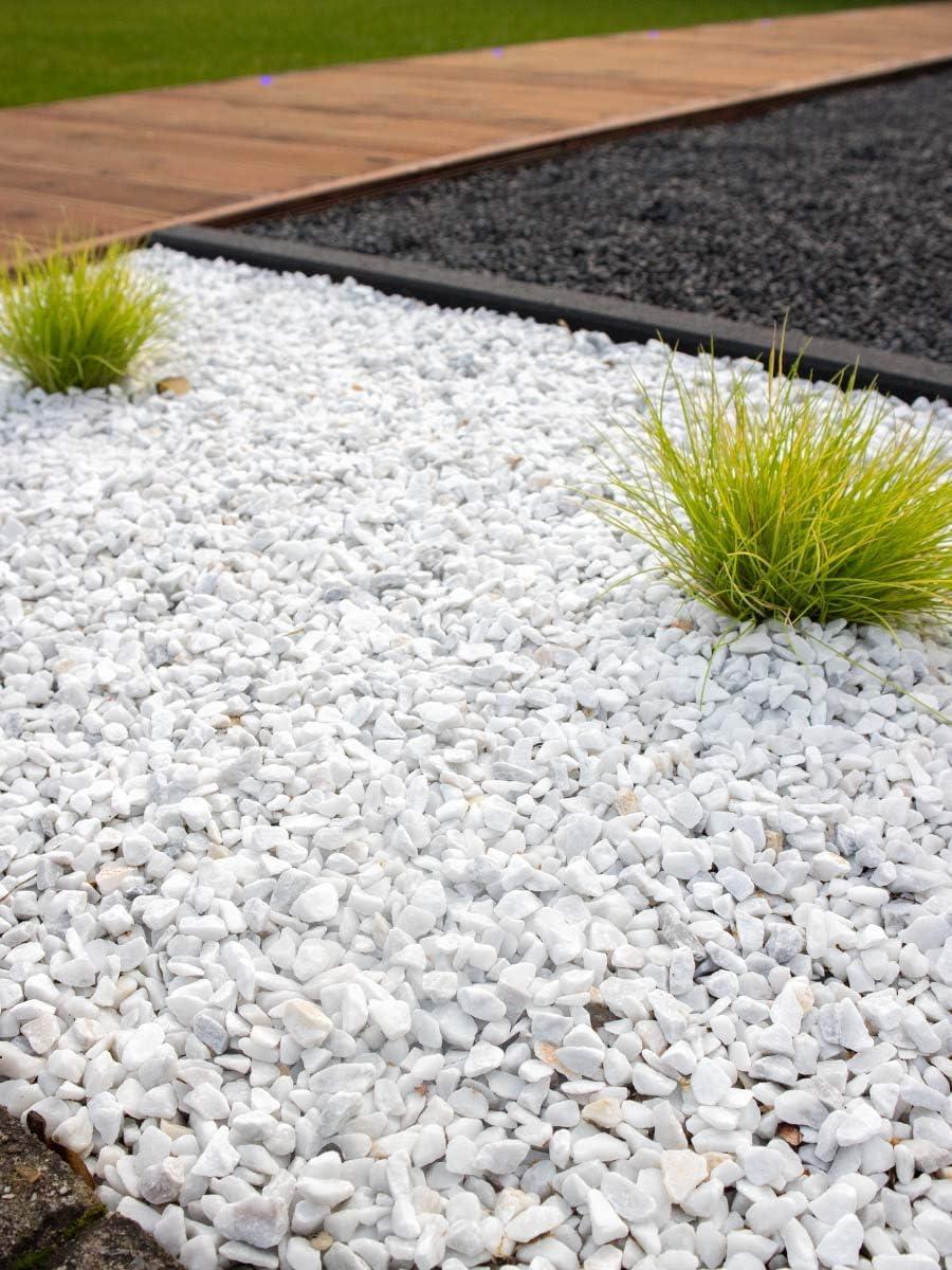 Grava blanca pura mármol. Marmolina blanca, piedra para decoración en jardín en sacas de 1500kg. Disponible en formatos 9-12mm y 16-25mm. (16-25mm): Amazon.es: Jardín