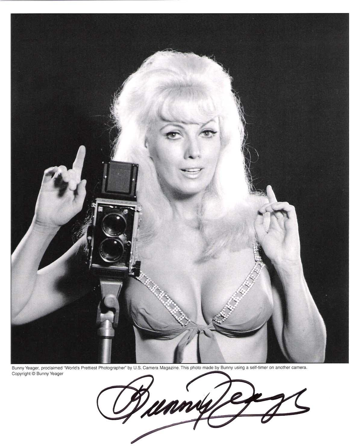 """BUNNY YEAGER -Proclaimed""""WORLD'S PRETTIEST PHOTOGRAPHER"""" by U.S. CAMERA  MAGAZINE Signed 8x10B/W Photo - TV Magazines at Amazon's Entertainment  Collectibles Store"""
