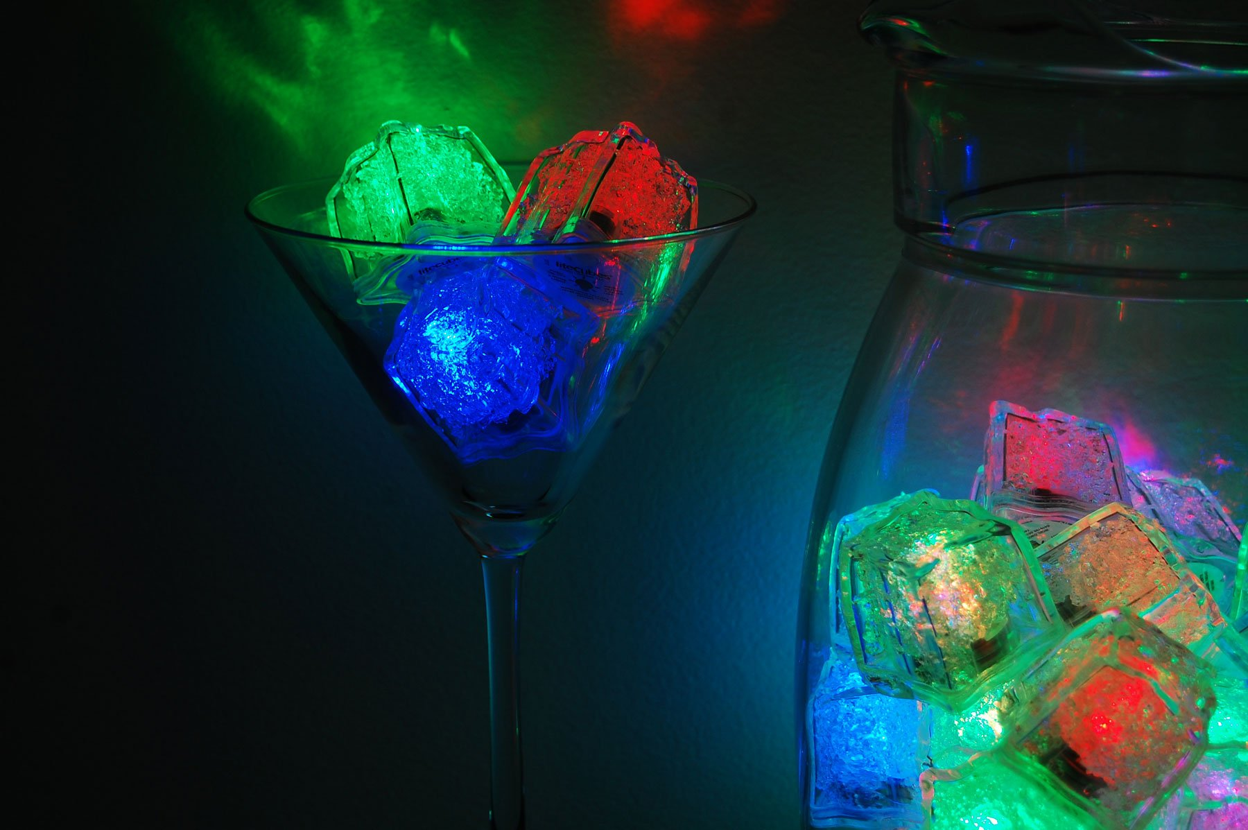 LiteCubes Set of 48 Brand 8 Mode MultiColor RAINBOW Light up LED Ice Cubes … by LiteCubes (Image #4)
