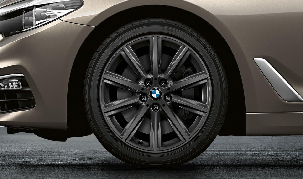 Original BMW 5 G30 G31 Invierno Completo juego de ruedas V de radios 684 orbitgrey 18 Goodyear M. RSC M. RDC (Acción): Amazon.es: Coche y moto
