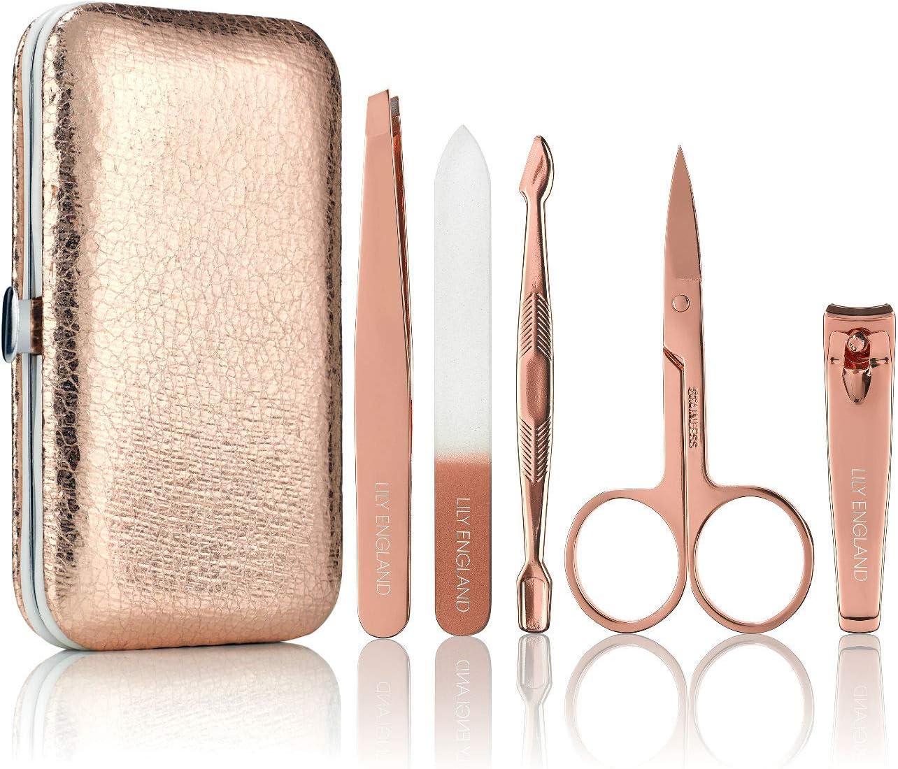 estuche con herramientas para uñas