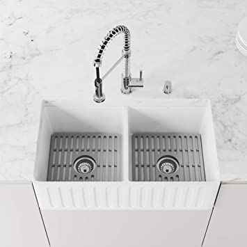 Amazon Com Vigo Vgra3318blk1 18 0 33 0 W 9 62 H Double Bowl Matte Stone Reversible Slotted Front Undermount Farmhouse Kitchen Sink In Matte White With Gray Silicone Grids And Strainers Home Improvement