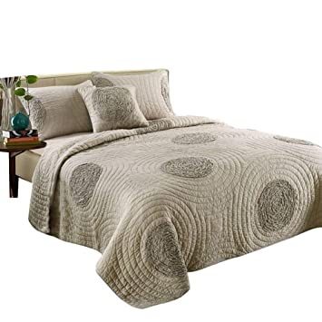 King Size Bedspreads And Quilts.Mixinni King Size Quilt Set King Taupe With Shams Oversized 106 X 96 Classical Floral Pattern King Size Quilts And Bedspreads Cotton Lightweight