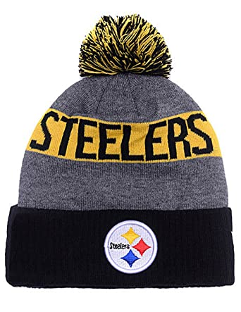 1a8bbdee023 Amazon.com  PIT STEELERS Adult Winter Knit Beanie Hat With Removable Pom  Pom One Size Fits Most Multicolor  Clothing