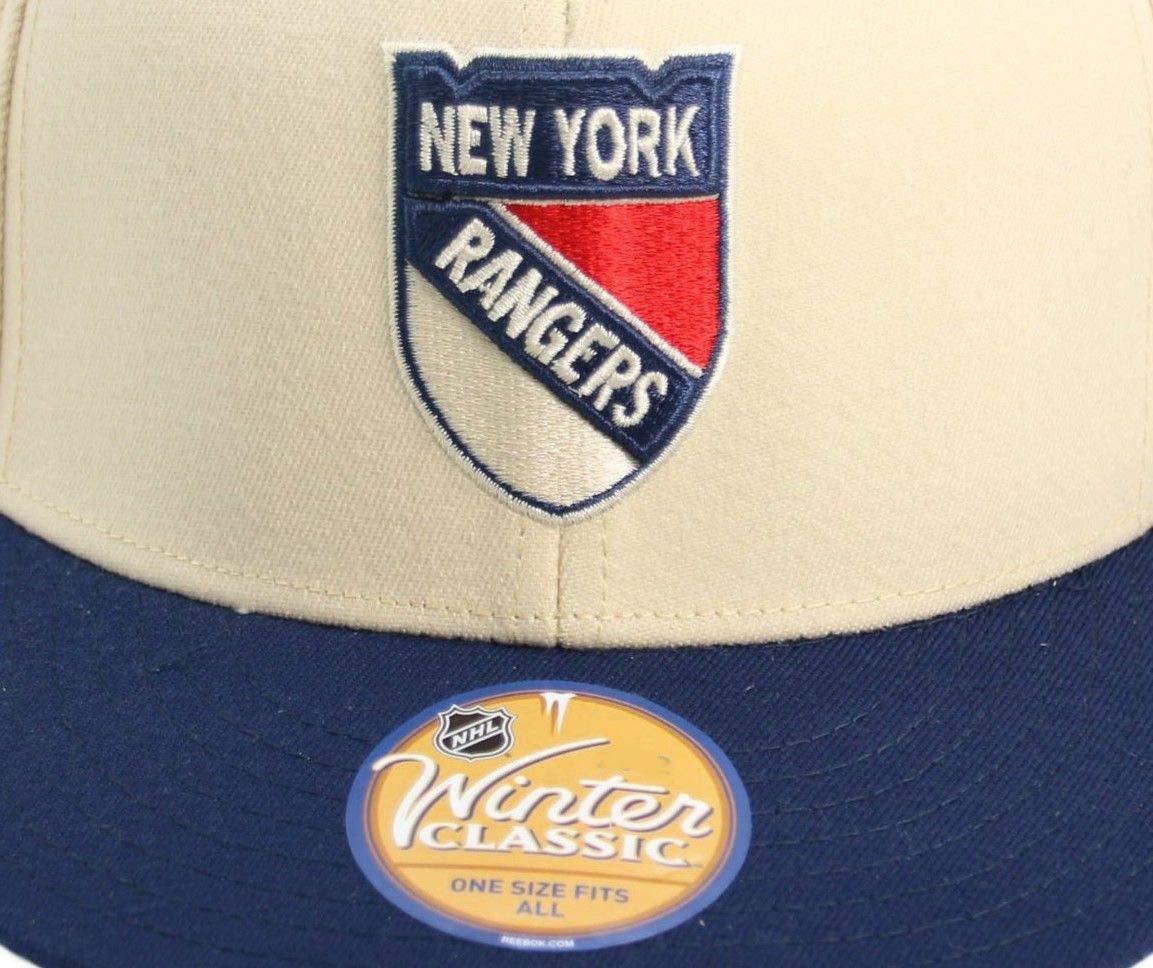 4657170dd Amazon.com   New York Rangers 2012 Winter Classic Flexfit Reebok HAT - Osfa    Sports Fan Baseball Caps   Sports   Outdoors