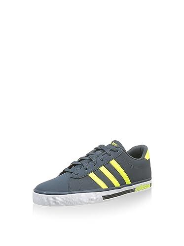 3521d3e17933 adidas Daily Team - Slippers Unisex Multicolour Size  6.5 UK  Amazon ...