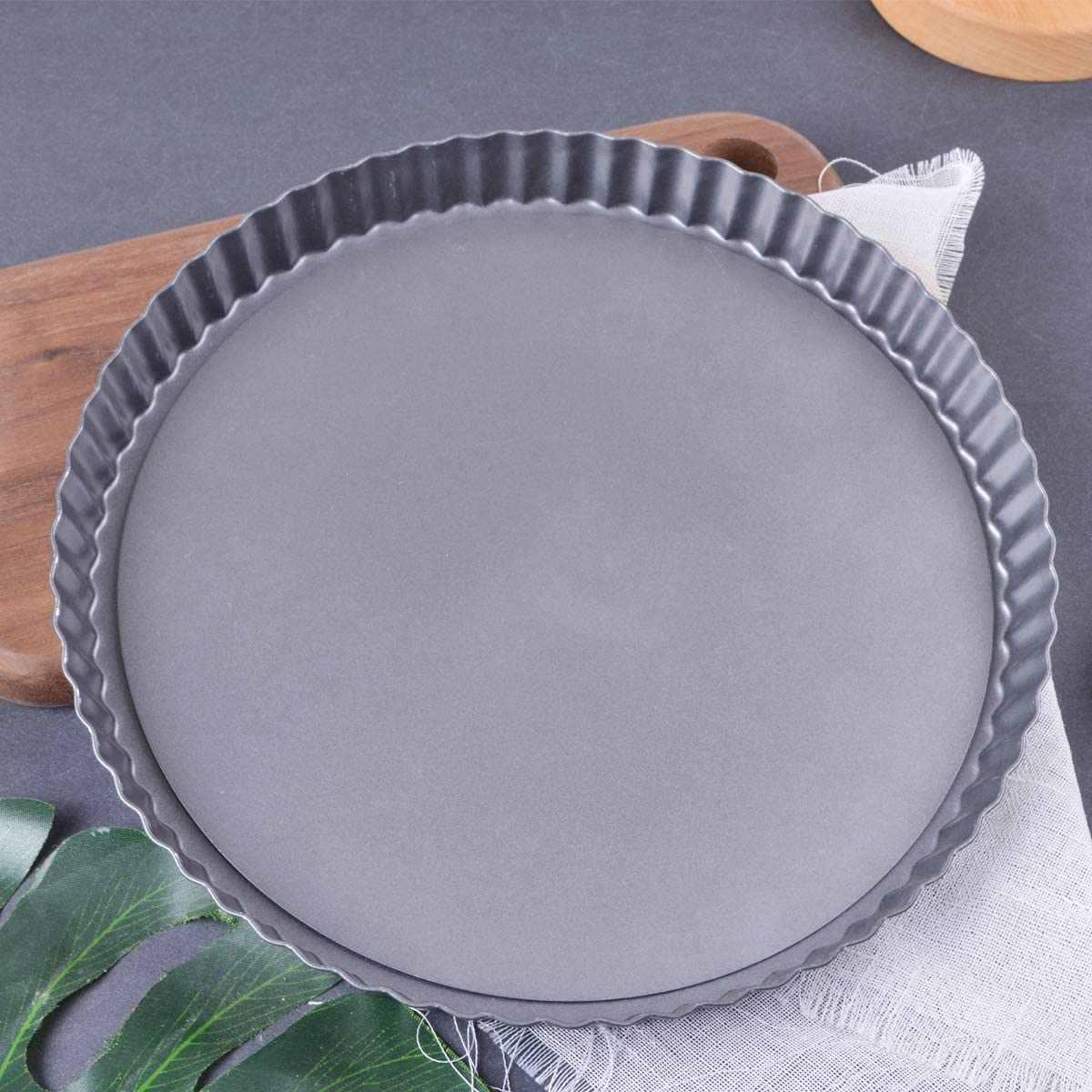 Tart Pan Cheesecake Tins Removable Base Perfect for Pie Dishes /& Quiche Dishes Non-Stick 28cm Tart Tin