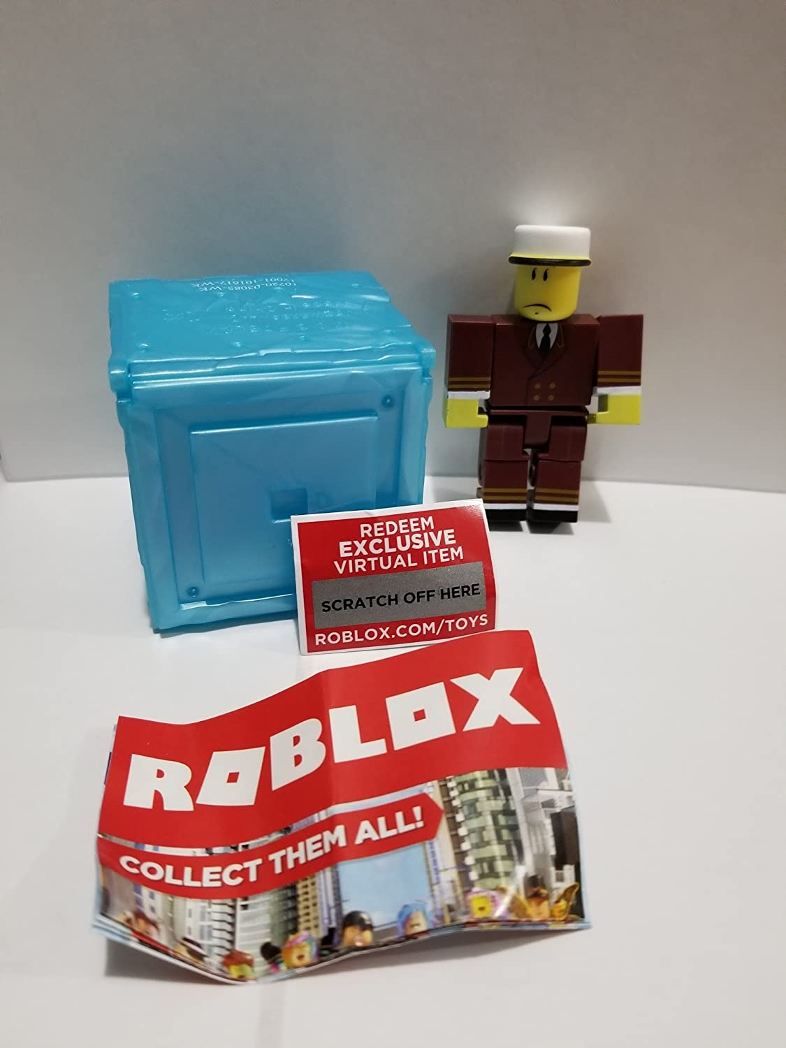 Roblox Series 3 ~TNT Rusher with Unused Virtual Item Code