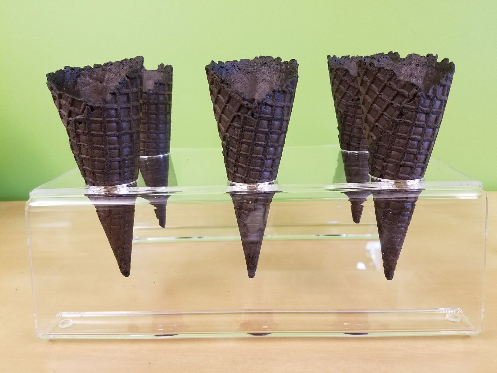 Cones (2.16'' X 5.5'') - 312 Units / Case (Black) by Altimate Foods (Image #4)