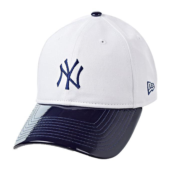 cd544efbc75f New Era York Yankees Retro Hook 9Twenty Men's Velcroback Hat White/Navy  Blue 11519731 (