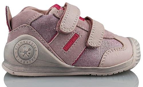 ae577859130 BIOMECANICS Deportiva Muy Comoda Bio Running Rosa - 18  Amazon.es  Zapatos  y complementos