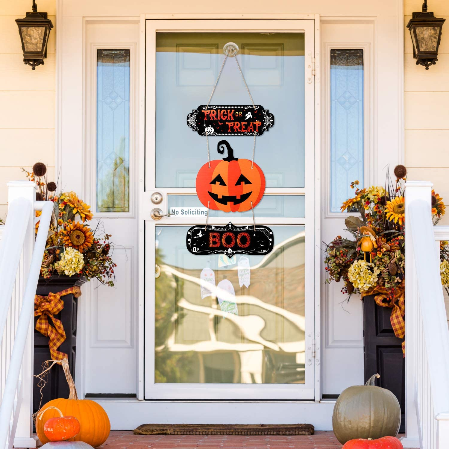 Sumind Halloween Party Decoration Trick or Treat Hanging Sign Boo Halloween Wall Decor Wooden Door Sign Rustic for Halloween Room Decor Photo Prop