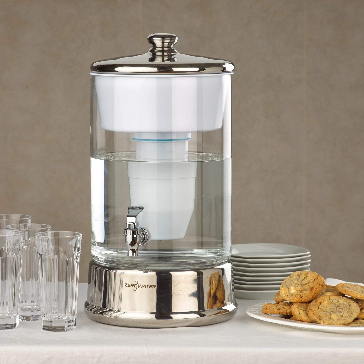 ZeroWater (ZBD-040-1) 40 Cup Ready-Pour Glass Dispenser, BPA-Free, with Free Water Quality Meter, NSF Certified to Reduce Lead and Other Heavy Metals by ZeroWater