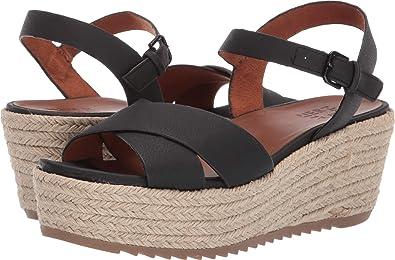 a39593579d Amazon.com | Naturalizer OCEANNA Wedge Sandals Womens | Shoes
