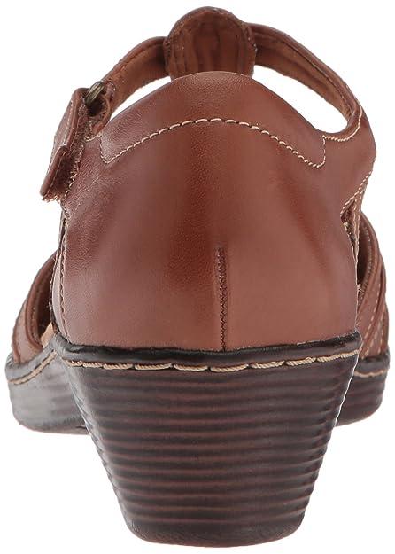 4f5c9c0d681 Amazon.com  CLARKS Women s Wendy Alto Fisherman Sandal  Shoes
