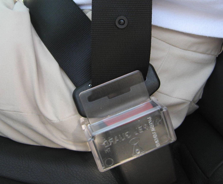 seat belt safety guard cover velcromag. Black Bedroom Furniture Sets. Home Design Ideas