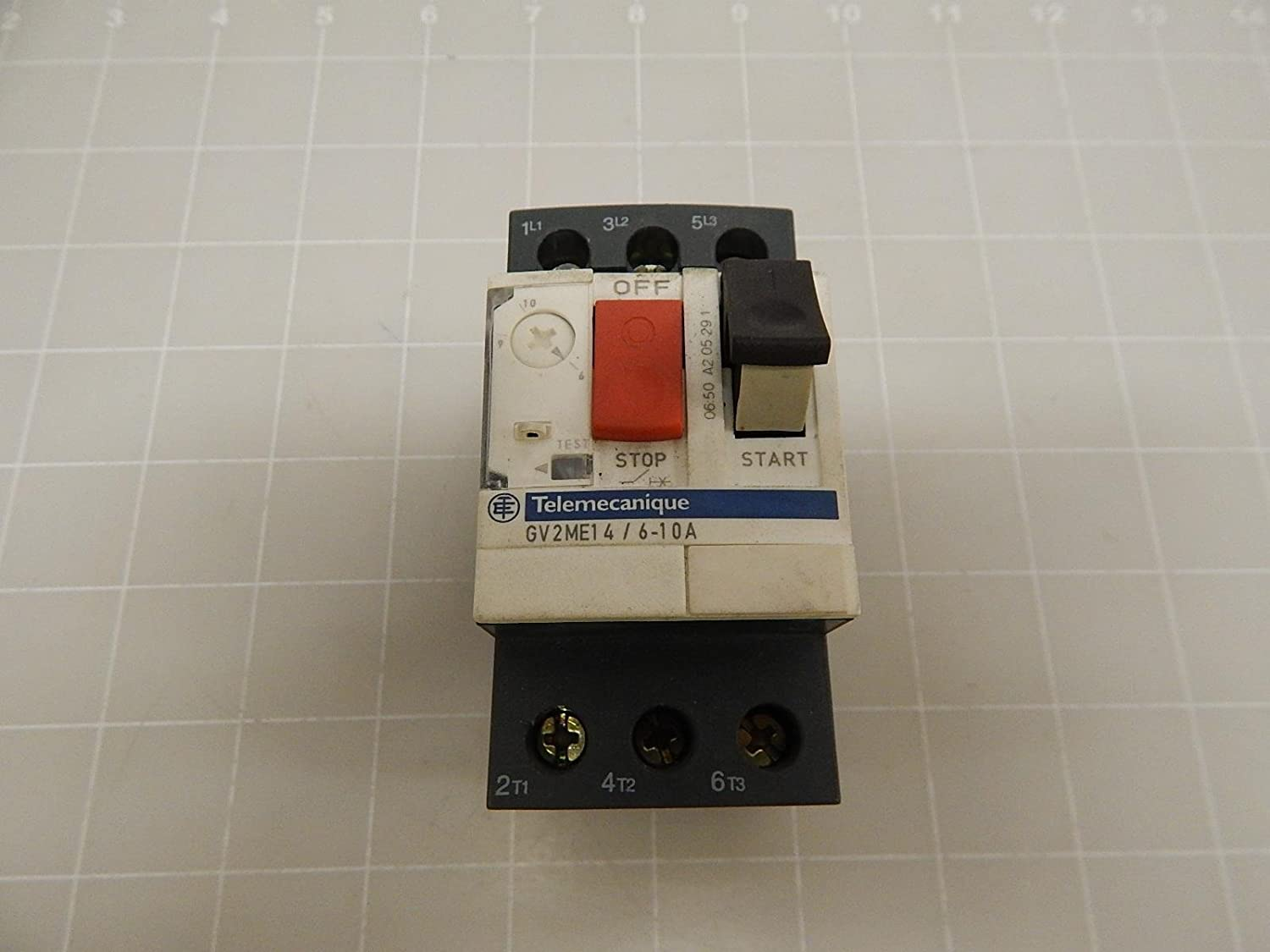 Used and Tested 6-10A Telemecanique manual motor starter GV2ME14