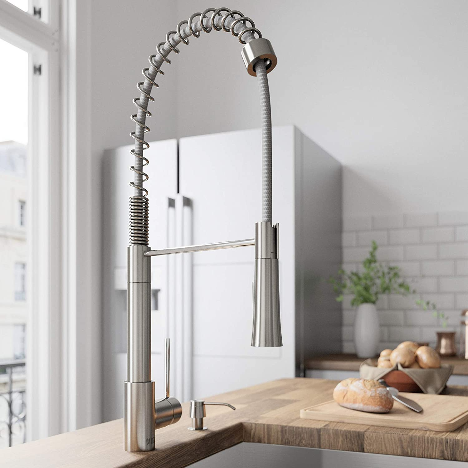 VIGO VG02022ST Laurelton 22 Inch Single Handle Pulldown Arc Brass Kitchen Sink Faucet, Single Hole Install, 360 Swivel Spout, Premium Seven Layer Plated Stainless Steel Finish
