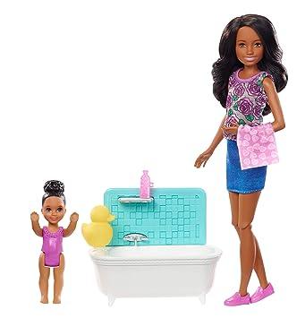 Amazon.es: Barbie Skipper Muñeca morena canguro de bebés con ...