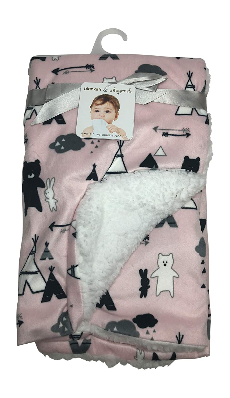 Amazon.com: Mantas y más allá Soft Pink Diseño de caballo ...