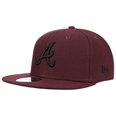 hot sale online e30c5 0a5cd New Era 9FIFTY Atlanta Braves Snapback Cap - MLB League Essential - Maroon   Amazon.co.uk  Clothing