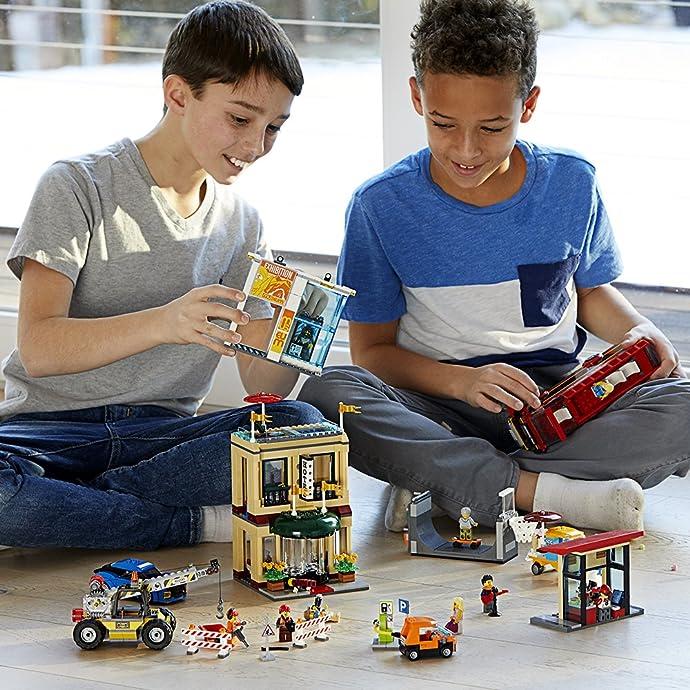 LEGO 乐高 60200 城市系列 城市中心广场 积木玩具 6.4折$95.99 海淘转运到手约¥378