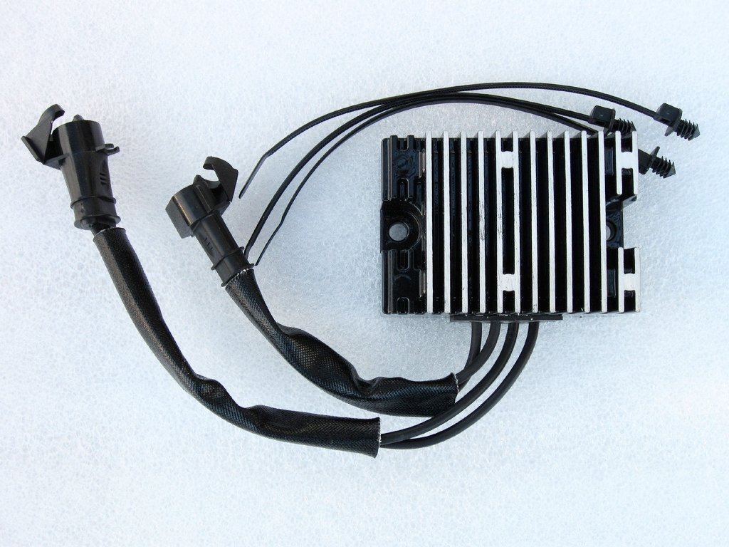 Harley Davidson XL Sportster Regulator Rectifier 2009-2013 74711-08 Black