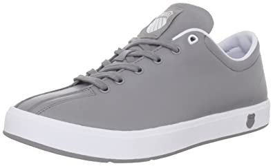 Clean Classic Low Fashion Sneaker