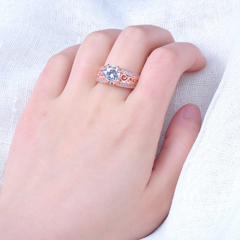 The Middle of a Big Stone,10KT Rose Gold Ring Only for Girls Gifts New 32 Rows of Small Diamonds
