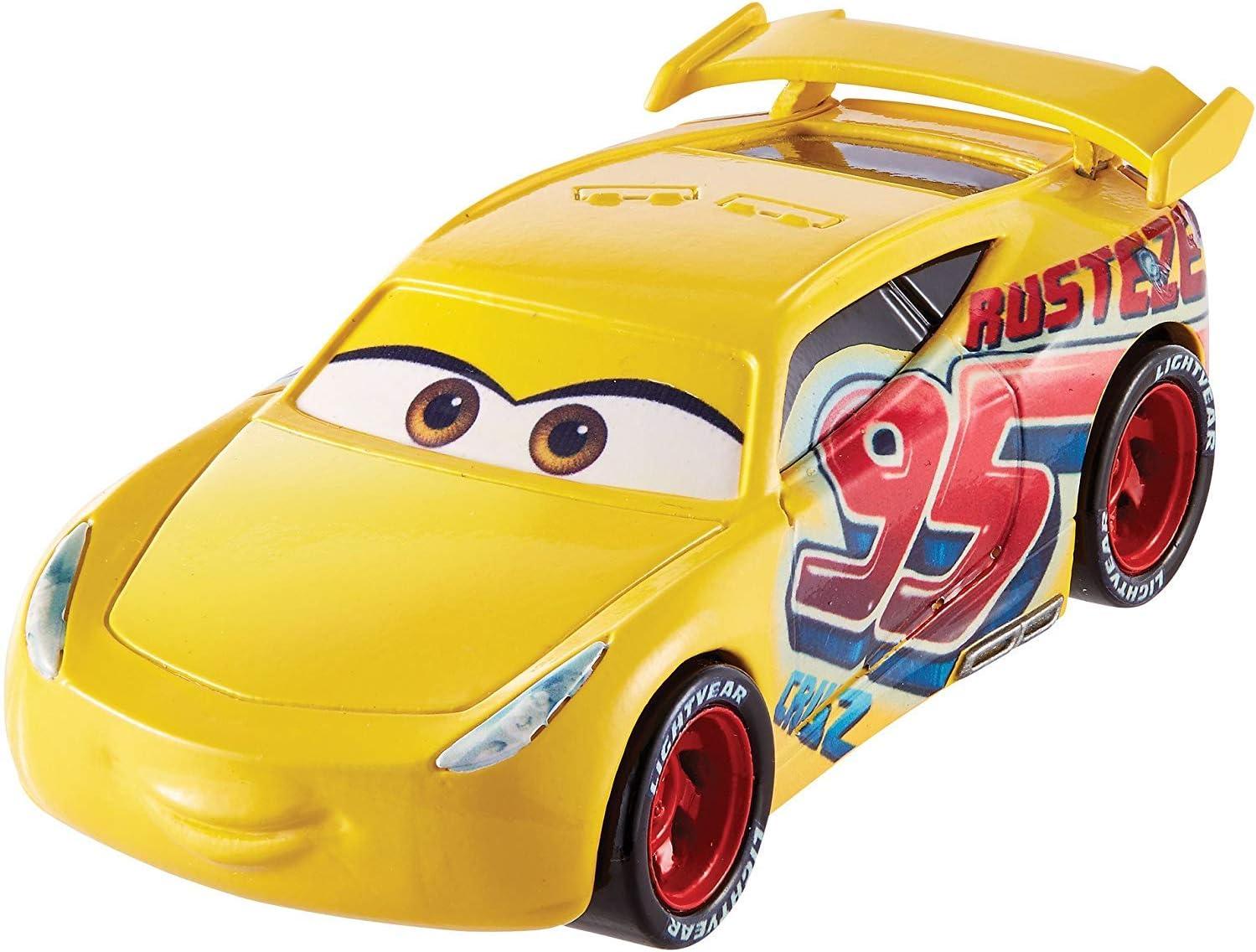 Cars 3 Coche Race Cruz Ramírez (Mattel FGD72): Amazon.es: Juguetes y juegos