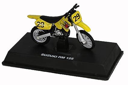 Amazon com: Die-Cast Yellow Suzuki RM 125 Dirt Bike, 1:32