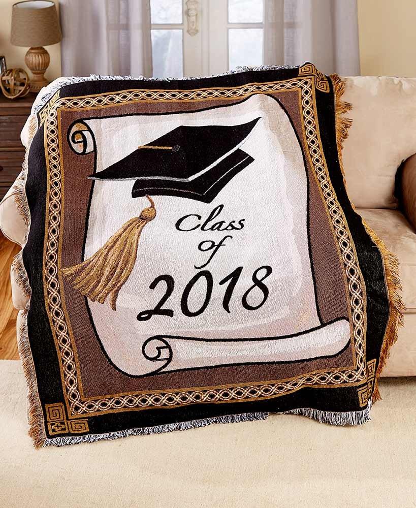 2018 Graduation Throw