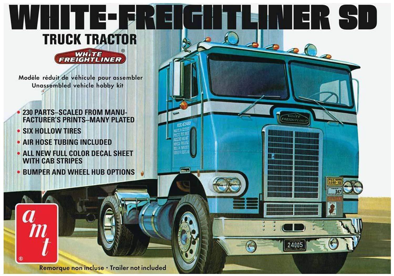 /1//25/White Freightliner /Veh/ículo/ Round2/amt1004//06/