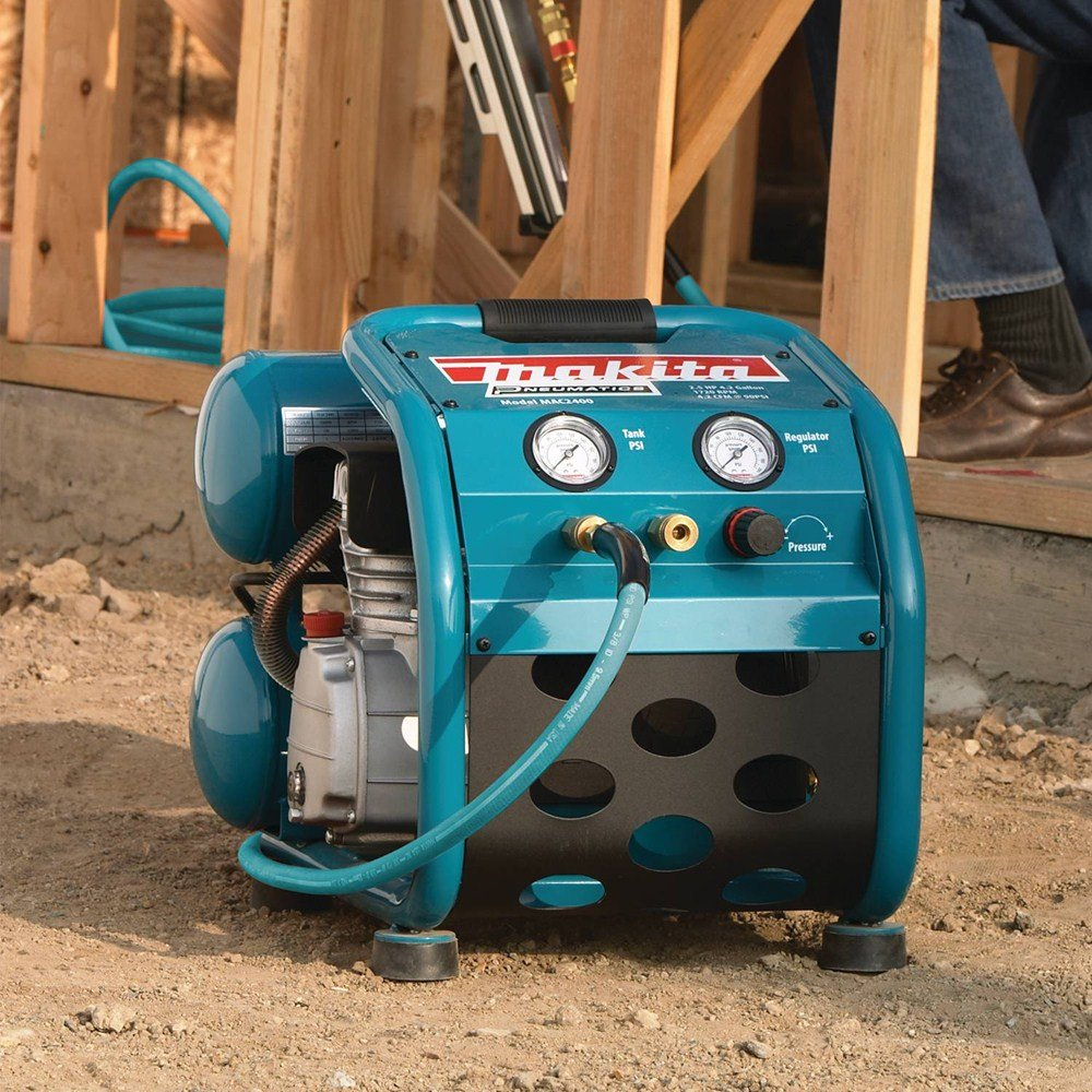 Makita MAC2400 2.5HP Air Compressor