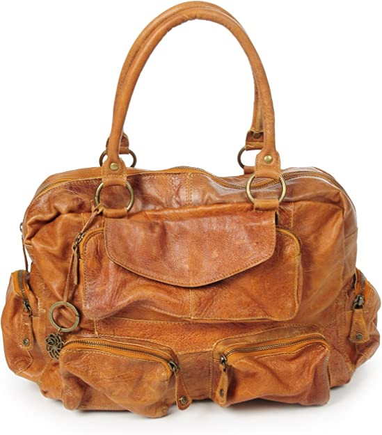 Braided leather bags, pieces of art made of genuine leather