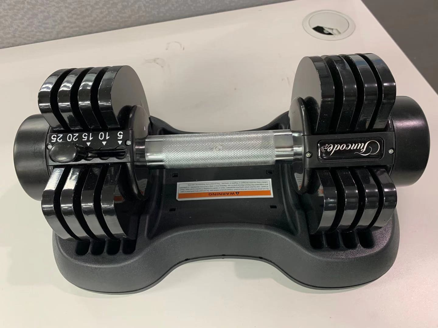 Funcode Adjustable Dumbbells, 5-25Lbs Weight Options, Anti-Slip Handle, All-Purpose, Home, Gym, Office photo review
