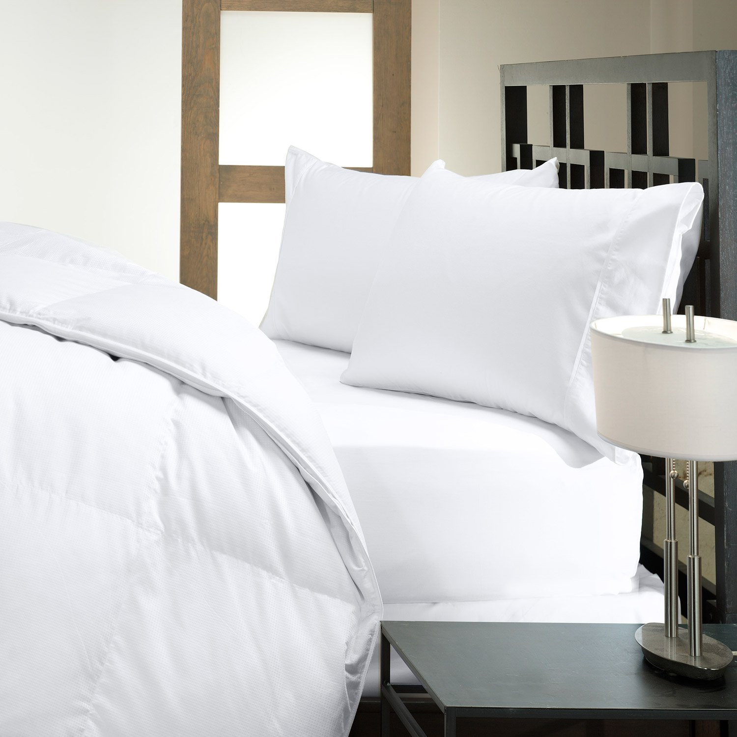 DOWNLITE Closeout Sale - Hotel Like Luxury Bedding Collection - Hypoallergenic 50/50 Down and Feather Pillow (Queen)