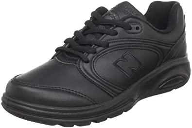 new balance woman black